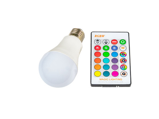LED žárovka RGBW E27 5W 360°