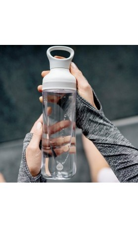 Equa Plastová lahev na pití Freeze