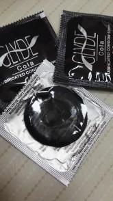 Cola - veganské kondomy Glyde balíček