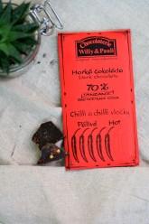 Chocolaterie Willy a Pauli  BIO Hořká čokoláda Tanzanie 70% s Chilli a chilli vločkami - HOT  50 g