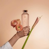 Equa Skleněná lahev z borosilikátového skla MISMATCH BLOOM 750 ML