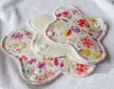 LalaH Intimka látková menstruační vložka prodyšná / BIO akvarel (18 cm)