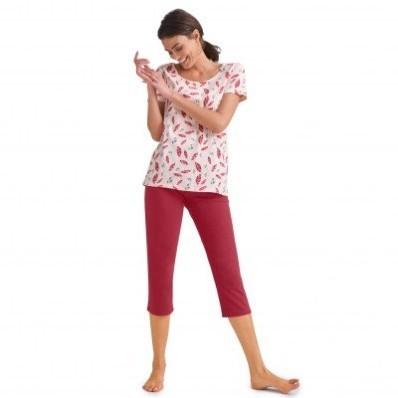 Pyžamo se 3/4 kalhotami a krátkými rukávy