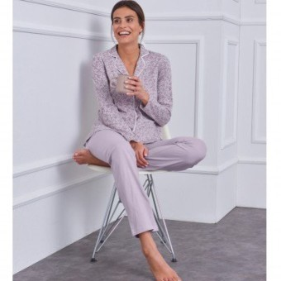 Bavlnené pyžamo s kostýmkovým golierikom