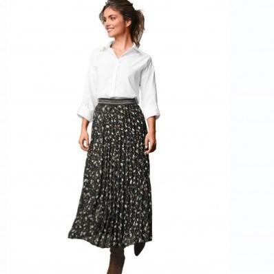 Dlhá plisovaná sukňa