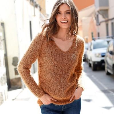 Trblietavý pulóver