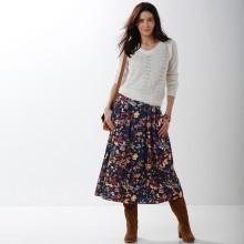 Polodlouhá sukně s květinami